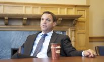 Hudak Says He is Ready to Bring Change