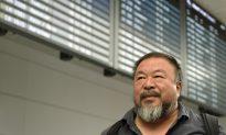 Ai Weiwei Gets 6-month UK Visa After Official Reversal
