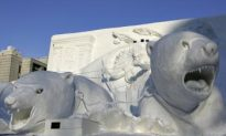 Artists Sculpt Snow in Wisconsin