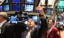 Stocks Soar on Monday, Dow Up 400 Points