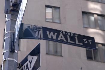 Americans Ambivalent Toward Wall Street