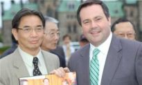 Chinese Groups Thank Kenney for Head Tax Effort