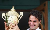 Federer Defeats Murray For Seventh Wimbledon Title