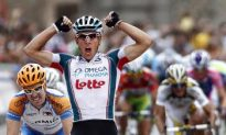 Gilbert Takes Surprise Win in Vuelta a España Stage 19