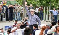 Iran's Mousavi Vows to Fight On