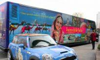 India Takes Tourism Advertising to the Streets