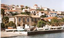 Castles in the Sun: A Visit to the Venetian Castles of the Peloponnese