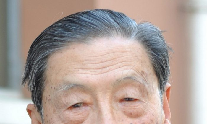 Chinese economist Mao Yushi pictured in 2011. (Charlie Fong)