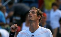 Murray Advances in Straight Sets