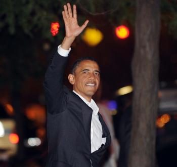Barack Obama Celebrates Birthday With Oprah Winfrey