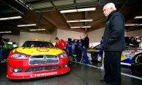 Penske Racing Switches to Ford for 2013 NASCAR Season