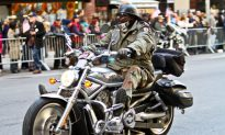 Thousands March in Veteran's Day Parade