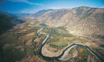 U.S. Dam Threatens to Flood B.C. Valley