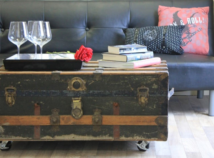 DIY Trunk Coffee Table
