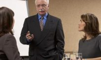 Study: Deck Stacked Against Female Managers