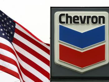 A Chevron gas station sign is seen near the company's El Segundo Refinery on April 28, 2006 in El Segundo, California. (David McNew/Getty Images)