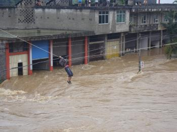 Chongqing City experiences the worst torrential rain of the year on July 9.  (The Epoch Times photo archive)