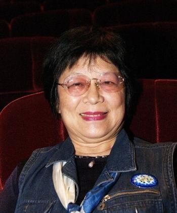 Taiwan's well-known botanical dye artist, Chen Shanshan. (Tang Bin/The Epoch Times)
