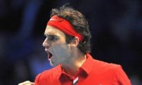 Federer and Murray Cruise to ATP Semifinals