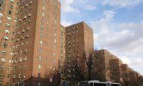 Manhattan's Massive Apartment Complex Back to Creditors