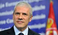 Serbia Hands In Official Bid for EU Membership