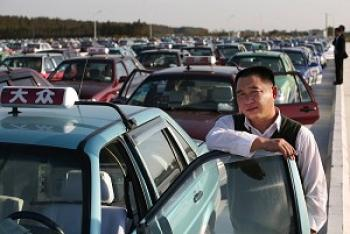 Taxi drivers around China have staged strikes to protest exploitation by taxi companies. (Getty Images)