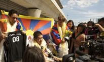 'Team Tibet' Gets Deported for Displaying Flag