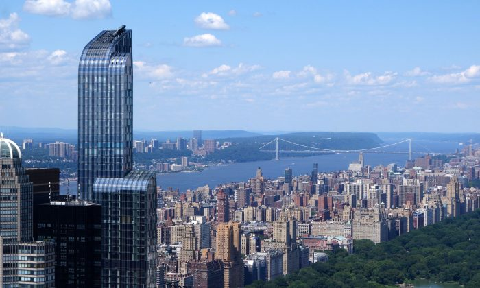 The skyline of New York with a few of Central Park and the Hudson River, in this file photo. Reggie Middleton thinks real estate in the U.S. is in another bubble. (William Edwards/AFP/Getty Images)