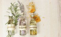 25 Ways Essential Oils Makes Your Life Better