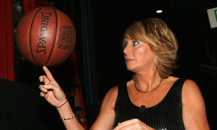 Basketball player Nancy Lieberman spins a ball on her finger backstage at The Billies presented by The Women's Sports Foundation at the Beverly Hilton Hotel on April 11, 2007 in Beverly Hills, California. (Photo by Frazer Harrison/Getty Images for The Billies)