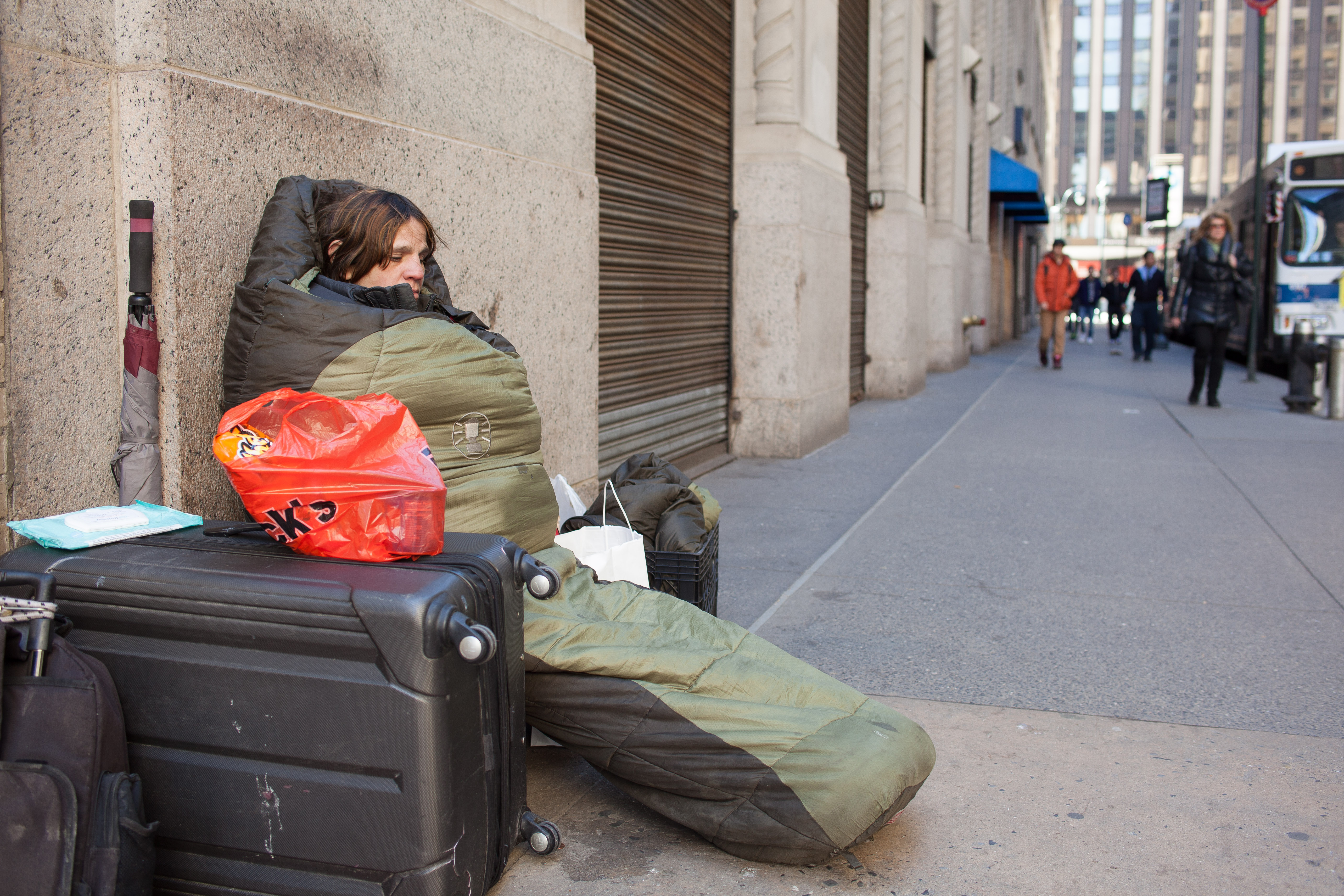 the issues and impacts of homelessness in new york city In new york city, homelessness continues to be a  this paper examines the short-term and long-term impacts of homelessness on  to physical health issues,.