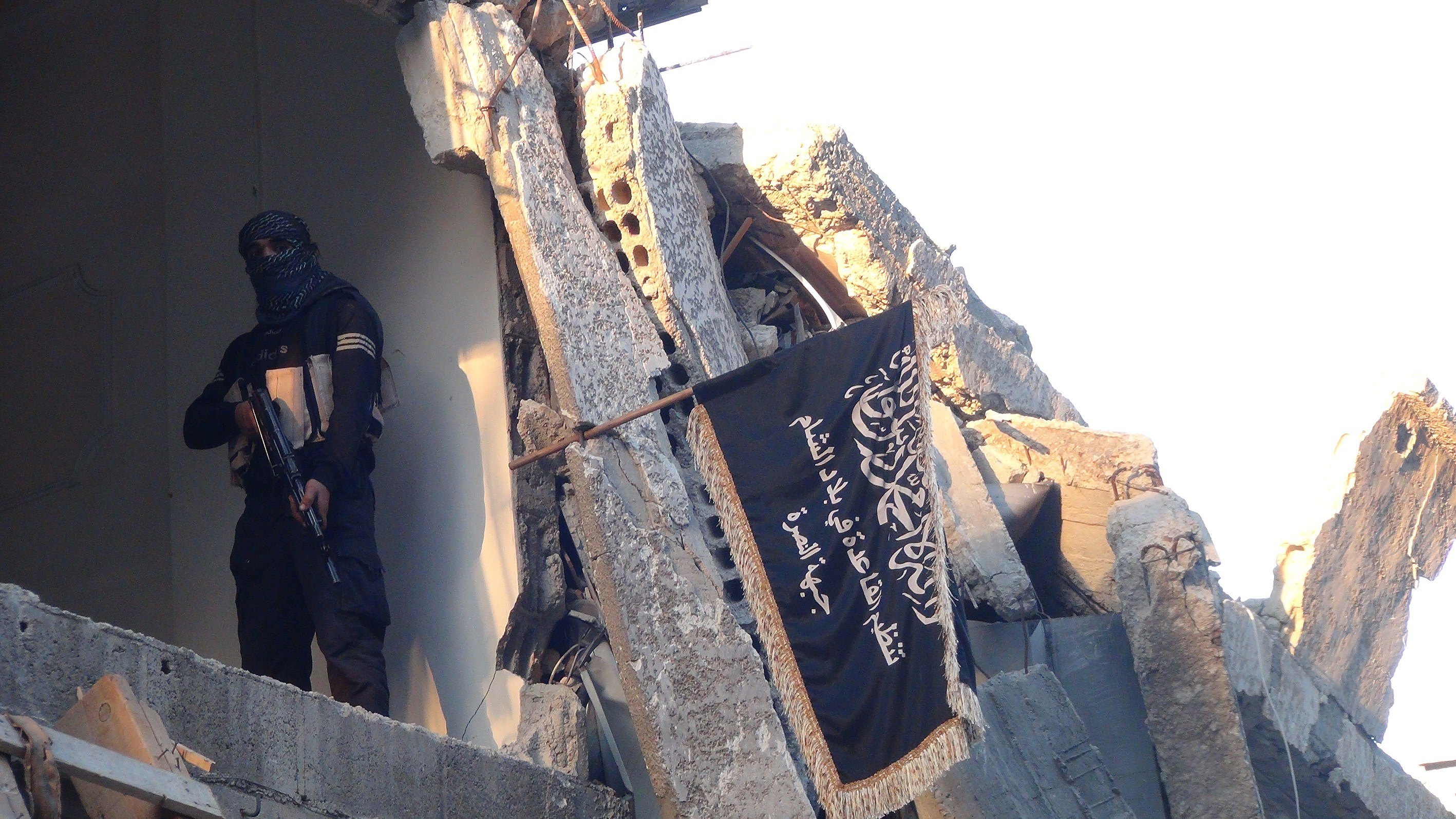 Mississippians Charged With Trying to Join ISIS