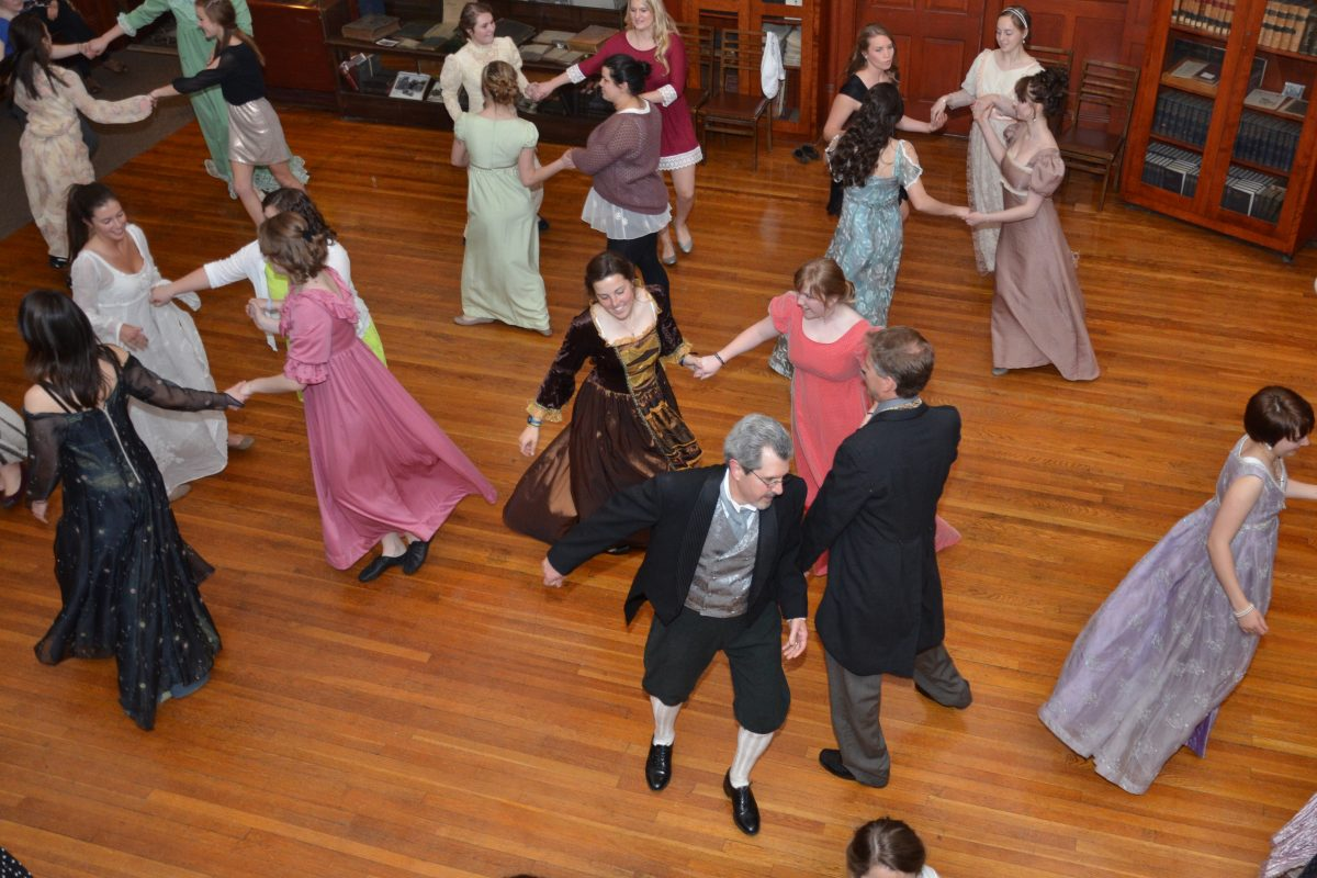 English Country Dance Fun for All | contra dance | English