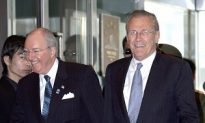 Rumsfeld Talks to China About Military Buildup
