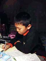 Zhang Jiarui misses his father. (Minghui Net)