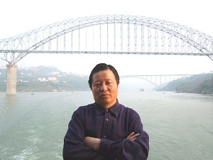 Attorney Gao on a ferry on the Yangtze River (Ma Wendu)
