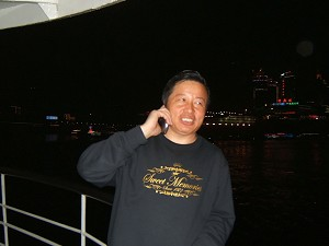 Gao Zhisheng was interviewed on a ferry in Chongqing City in April 2006. (Ma Wendu)
