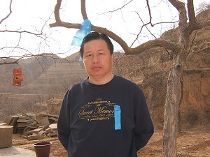 Gao Zhisheng on hunger strike at home in Northern Shaanxi on April 1, 2006. (Ma Wendu)