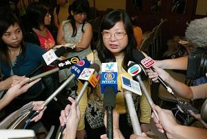 Ching Cheong's wife, Mary Lau Man-yee (Wu Lianyou/The Epoch Times)