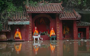 A temple is inundated by floodwaters at the ancient Ciqikou Township in Chongqing Municipality, China. (China Photos/Getty Images)