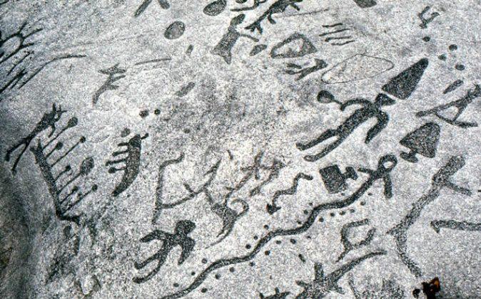 Petroglyphs Left In Canada By Scandinavians 3000 Years Ago