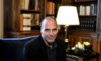 Varoufakis in Conversation With Leading Academics as Syriza Splinters and Election Beckons in Greece