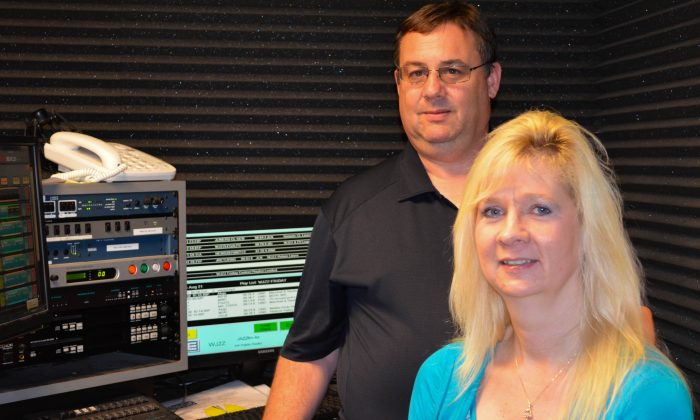 Bud and Julie Williamson in control room at radio station WALL in Port Jervis on Aug. 21, 2015. (Yvonne Marcotte/Epoch Times)