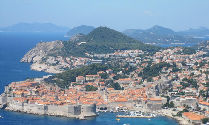 Dubrovnik 'Pearl of Adriatic' taken from the Montenegro to Dubrovnik road. (Bill Cox/Epoch Times)