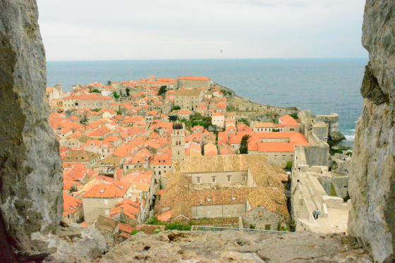 7.	You can pay an admission fee of 100 Croatian kuna (S$19.55) to walk on top of Dubrovnik's ancient city walls. The climb took around 45 minutes and the money was well-spent, as I had a fantastic view of Dubrovnik and the surrounding Adriatic Sea. (Li Yen/Epoch Times)