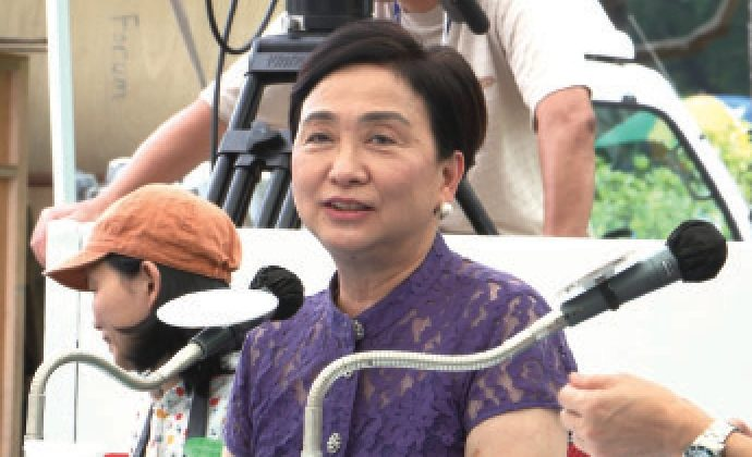 Democratic Party chairwoman Emily Lau Wai-hing at City Forum on Sept. 6, 2015. Lau said at the forum that the communication between Hong Kong political parties and Beijing is good for Hong Kong. (Epoch Times)