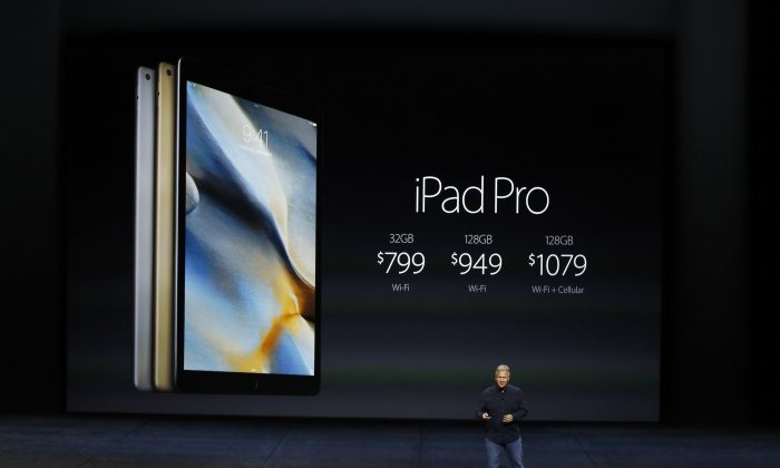 Apple Senior Vice President Phil Schiller speaks about the prices for iPad Pro on stage during a Special Event on September 9, 2015 in San Francisco, California.(Stephen Lam/ Getty Images)