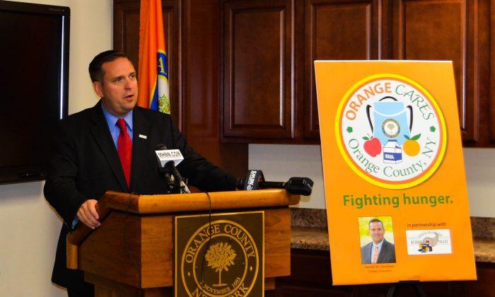 Orange County Executive Steven Neuhaus announces the Orange Cares initiative in Goshen on September 9, 2015. (Yvonne Marcotte/Epoch Times)
