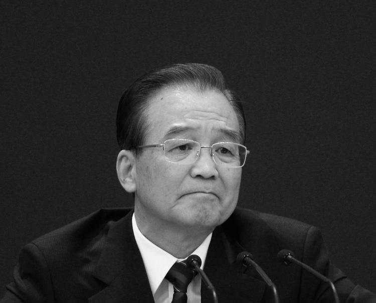 Since a speech in August 2010 marking the 30th anniversary of the Shenzhen Special Economic Zone, Wen Jiabao has called for political reform on various occasions 11 times, which the CCP official media has had little coverage.  (Feng Li/Getty Images)