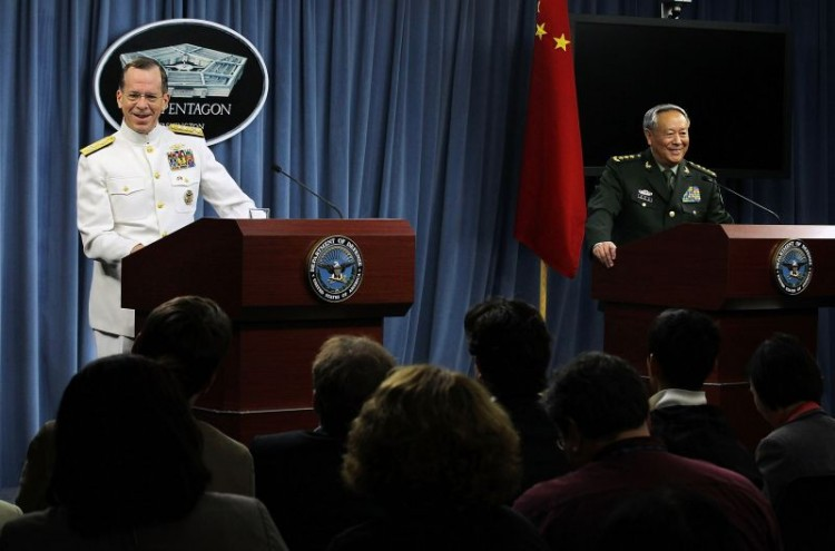U.S. Chairman of the Joint Chiefs of Staff Admiral Mike Mullen (L) and Chief of the General Staff of People's Liberation Army of China General Chen Bingde (R) speak to the media during a news briefing May 18, 2011 at the Pentagon in Arlington, Virginia. (AFP/Getty Images)